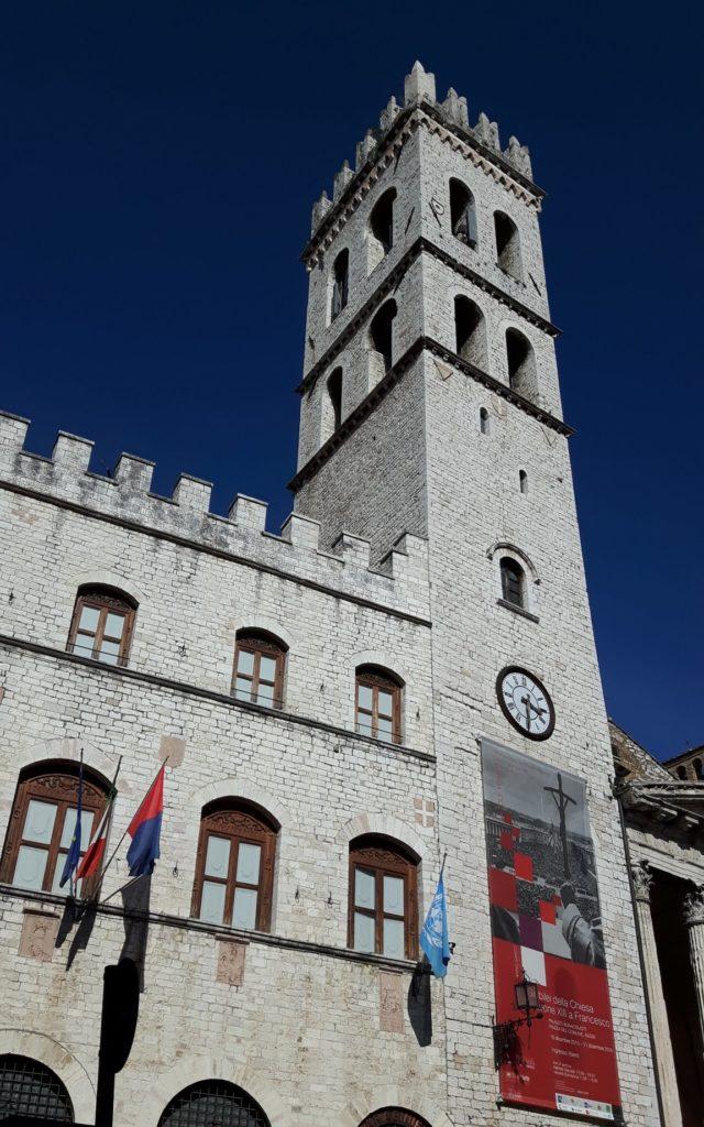 Piazza del Comune, Palazzo del Capitano del Popolo, Assis