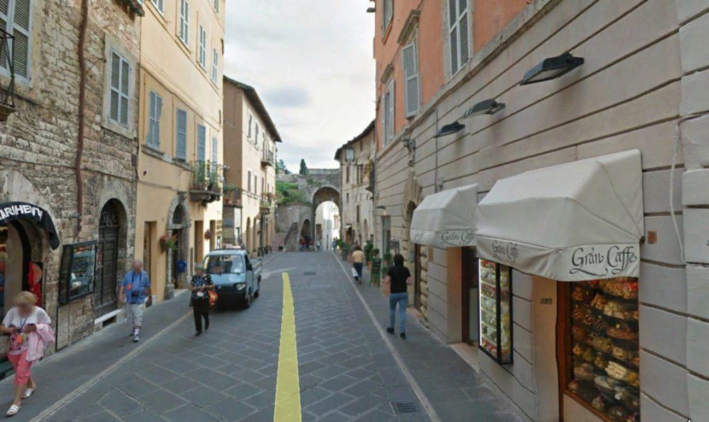 Corso Mazzini, Assis